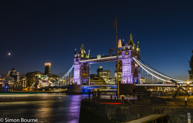 Simon Bourne, photography, photographer, north London, portfolio, image, central London, River Thames, Tower Bridge, The Shard, sunset, dusk, night, lights, river boat, Nikon, City Hall, moon, stars, long exposure
