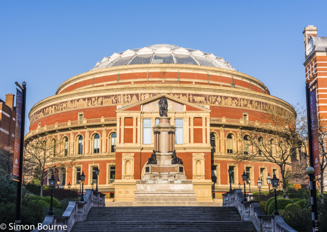 Simon Bourne, photography, photographer, north London, portfolio, image, central London, Royal Albert Hall, Hyde Park, Prince Regent, Consort, Queen Victoria, Victorian, red brick, stone, South Kensington, Nikon