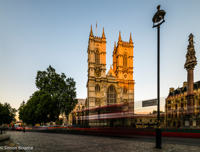 Simon Bourne, photography, photographer, north London, portfolio, image, central London, Westminster, Westminster Abbey, flag, summer, landscape, cityscape, structures, Nikon, landmark, building, lights, dusk, red London bus, buses, night, sunset, sunligh