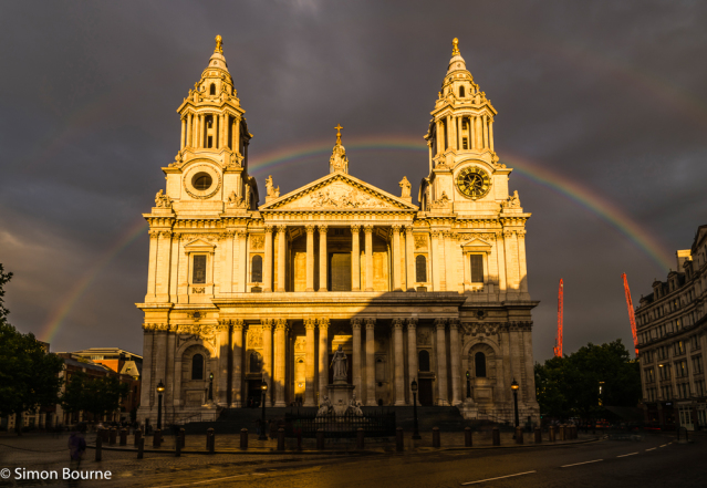 Simon Bourne, photography, photographer, north London, portfolio, image, landscape, structure, Nikon, St Paul's Cathedral, sunset, sunlight, dusk, night, lights, church, landmark