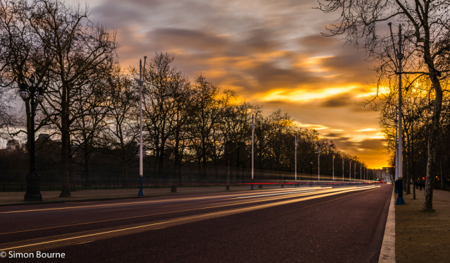 Simon Bourne, photography, photographer, north London, portfolio, image, landscape, structure, The Mall, Buckingham Palace, Westminster, Nikon, long exposure, dusk, sunset, orange sky, car trails, lights, night