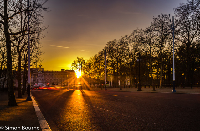 Simon Bourne, photography, photographer, north London, portfolio, image, landscape, structure, The Mall, Buckingham Palace, Westminster, Nikon, long exposure, dusk, sunset, orange sky, car trails, lights, night, Queen Victoria Memorial