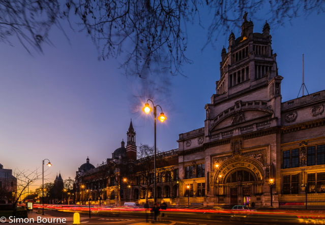 Simon Bourne, photography, photographer, north London, portfolio, image, landscape, structure, Victoria & Albert Museum, V & A, Cromwell Road, South Kensington, Nikon, long exposure, dusk, sunset, orange sky, car trails, lights, night, taxi, Queen Victori