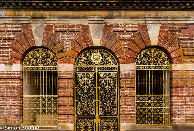 Simon Bourne, photography, photographer, north London, portfolio, image, gardens, spring, Cliveden, home, house, grounds, Astor, Buckinghamshire, Nikon, South Terrace, restored, golden gates, red bricks, three