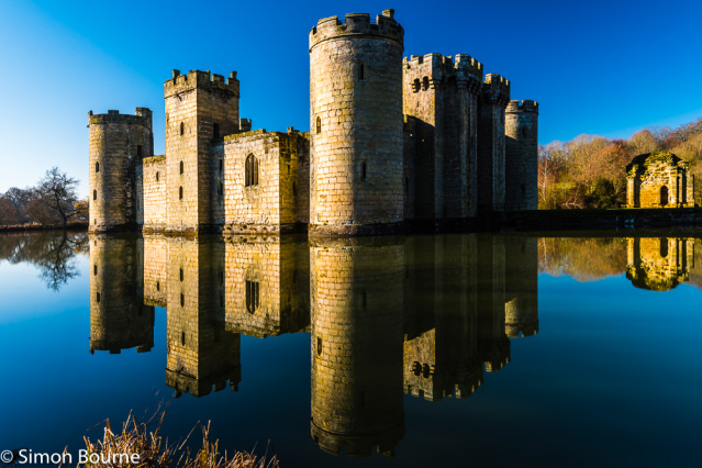 Simon Bourne, photography, photographer, north London, portfolio, image, landscape, Nikon, Bodiam Castle, Sussex, early morning, winter, sun, blue skies, clear sky, reflections, moat, water, lake, stone, crystal clear, fort
