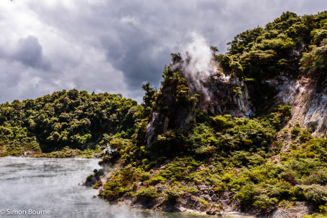 Simon Bourne, photography, photographer, north London, portfolio, image, spring, landscape, Nikon, North Island, New Zealand, Aotearoa, Rotorua, volcano, Waimangu Volcanic Valley, pool, hot springs, bubbling water, steam, Frying Pan Lake, Cathedral Rocks