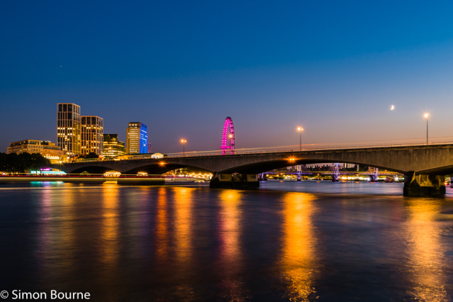 Simon Bourne, photography, photographer, north London, portfolio, image, landscape, structure, bridge, River Thames, river, dusk, sunset, Nikon, Waterloo Bridge, long exposure, London Eye, Hungerford, boats, trails, lights, night, reflections, traffic, mo