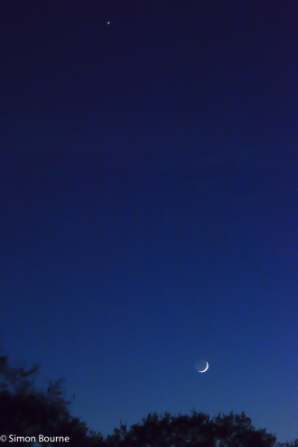 Simon Bourne, photography, photographer, north London, portfolio, image, landscape, moon, venus, April, Nikon